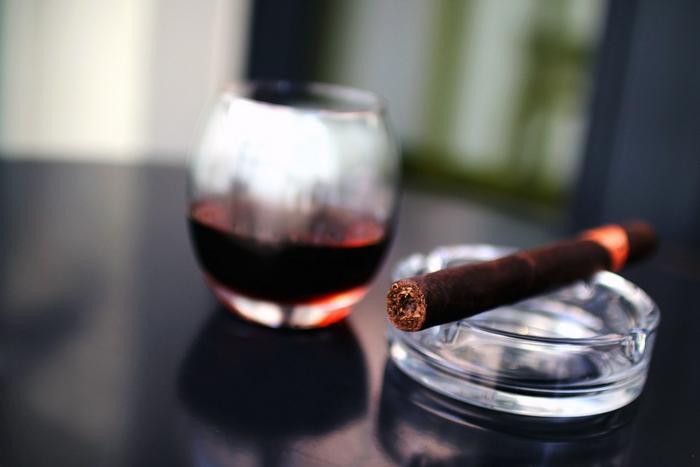 Rhum, sigari e cioccolato